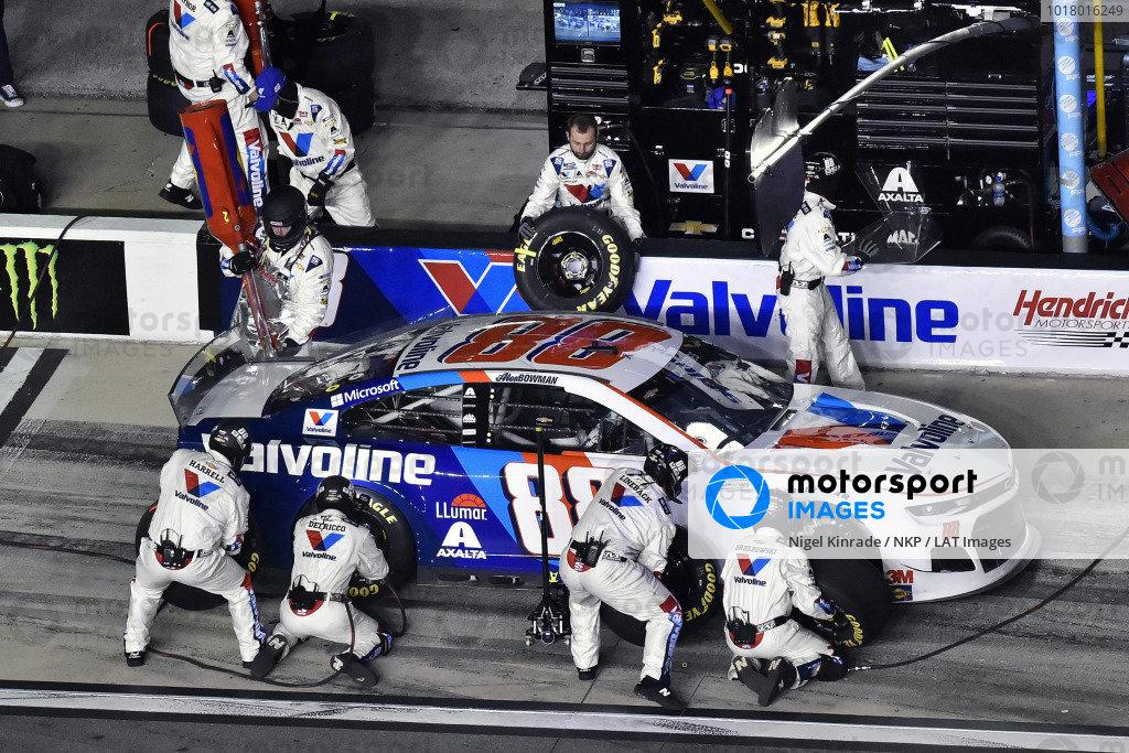 #88: Alex Bowman, Hendrick Motorsports, Chevrolet Camaro Valvoline