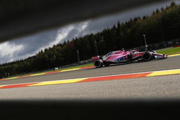 Esteban Ocon, Racing Point Force India VJM11.