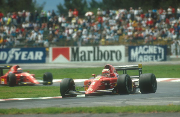 1990 Mexican Grand Prix.Mexico City, Mexico.8-10 June 1990.Nigel Mansell leads teammate Alain Prost (both Ferrari 641's). They finished in 2nd and 1st positions respectively. Ref-90 MEX 05.World Copyright - LAT Photographic