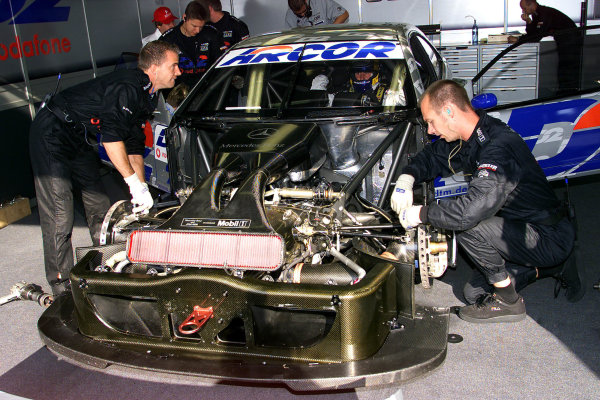 2001 DTM Championship.Nurburgring, Germany. 26th August 2001.Mechanics work on the D2 Mercedes CLK of Peter Dumbreck.World Copyright: G. & H. M-ller/ LAT Photographicref: Digital Image Only