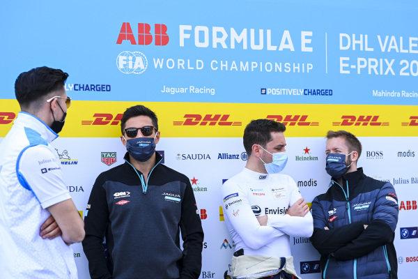 Jake Dennis (GBR), BMW I Andretti Motorsport, Mitch Evans (NZL), Jaguar Racing, Robin Frijns (NLD), Envision Virgin Racing, and Sam Bird (GBR), Jaguar Racing