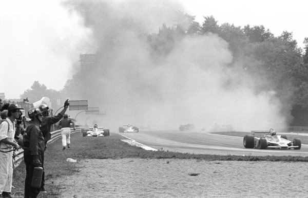 1978 Italian Grand Prix.Monza, Italy.8-10 September 1978.The scene after the first lap multiple accident which claimed the life of Ronnie Peterson (Lotus 78 Ford).World Copyright - LAT Photographic
