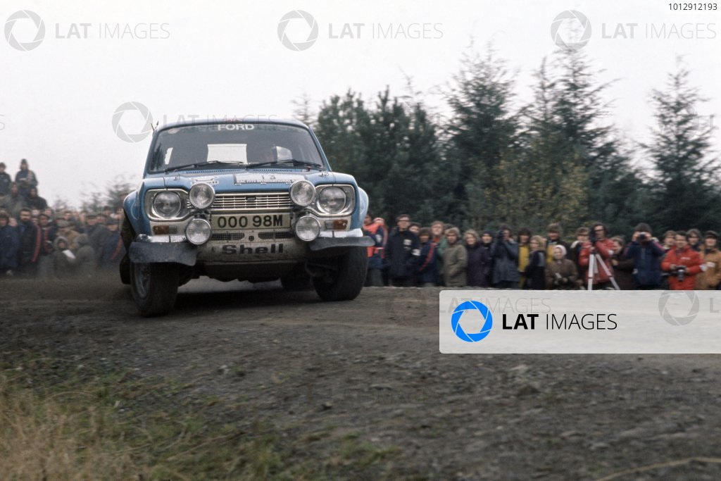 1973 World Rally Championship.Lombard RAC Rally, Great Britain. 17-21 November 1973.Timo Makinen/Henry Liddon (Ford Escort RS1600), 1st position.World Copyright: LAT PhotographicRef: 35mm transparency 73RALLY01