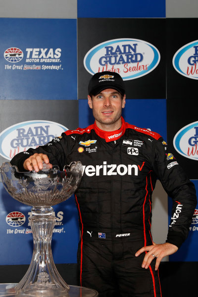 Verizon IndyCar Series Rainguard Water Sealers 600 Texas Motor Speedway, Ft. Worth, TX USA Saturday 10 June 2017 Winner Will Power, Team Penske Team Penske Chevrolet celebrates in Victory Lane World Copyright: Michael L. Levitt LAT Images