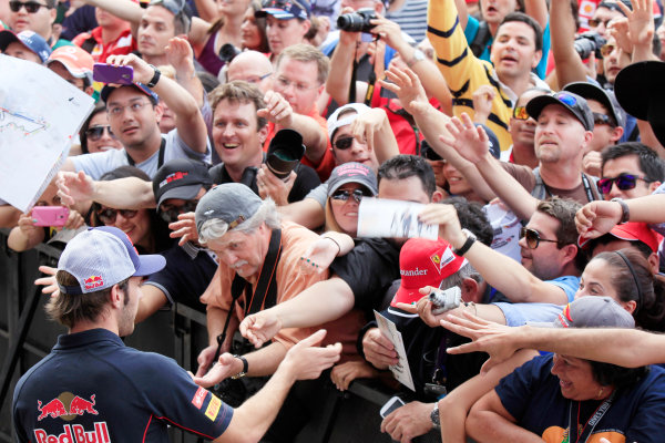 Circuit of the Americas, Austin, Texas, United States of America. Saturday 16th November 2013.  Jean-Eric Vergne, Toro Rosso, meets some fans. World Copyright: Charles Coates/LAT Photographic. ref: Digital Image _X5J9729