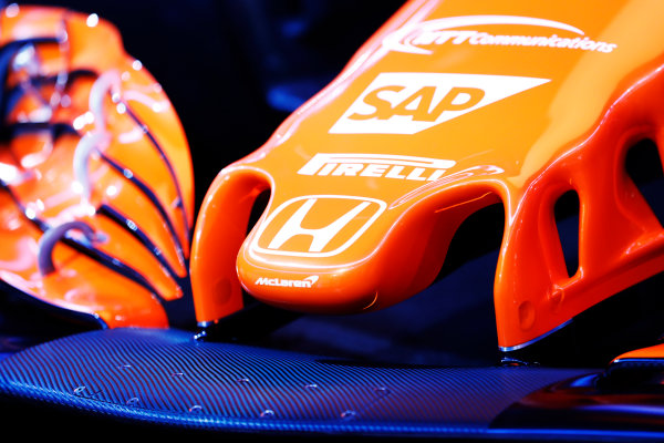 McLaren MCL32 Honda Formula 1 Launch. McLaren Technology Centre, Woking, UK. Friday 24 February 2017. Nose detail and the Honda logo on the MCL32. World Copyright: Steven Tee/LAT Images Ref: _O3I5128