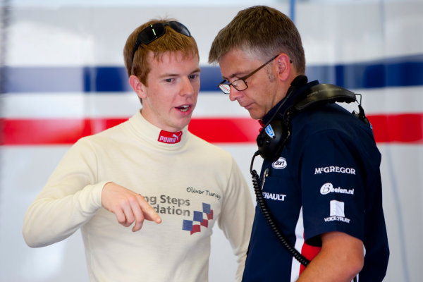 Jerez, Spain. Thursday 8th October. Oliver Turvey (GBR, iSport International). Portrait.  World Copyright: Alastair Staley/ GP2 Series Media Service.Ref: _O9T7484 jpg