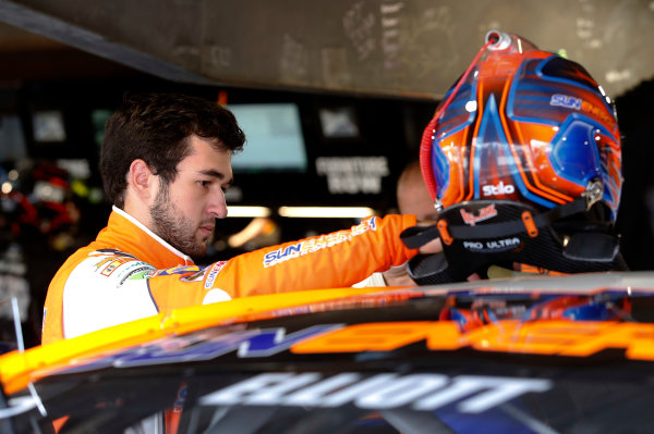 2017 Monster Energy NASCAR Cup Series STP 500 Martinsville Speedway, Martinsville, VA USA Friday 31 March 2017 Chase Elliott World Copyright: Matthew T. Thacker/LAT Images ref: Digital Image 17MART11046