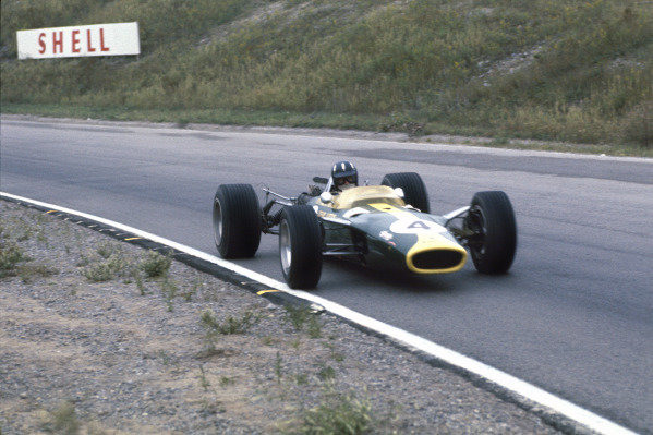 Mosport Park, Ontario, Canada. 25 - 27 August 1967.Graham Hill (Lotus 49-Ford), 4th position, action. World Copyright: LAT Photographic.Ref:  67CAN16