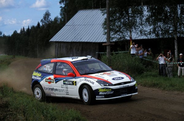 Colin McRae (GBR) / Nicky Grist (GBR) Ford Focus RS WRC 02.FIA World Rally Championship, Rd9, Neste Rally Finland, Finland. 8-11 August 2002.BEST IMAGE