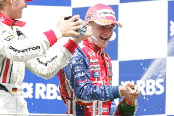 Istanbul Park, IstanbulSunday Race 2Nico Rosberg (D, ART Grand Prix). covers Heikki Kovalainen ( fin, Arden) with Champangne, Podium Portrait. Copyright: GP2 Series Media Service ref: Digital Image Only