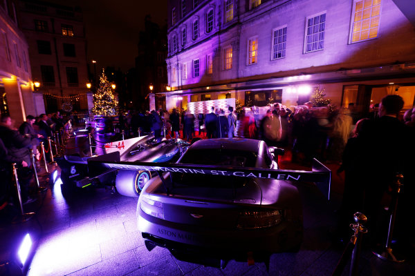 2017 Autosport Awards Grosvenor House Hotel, Park Lane, London. Sunday 3 December 2017. As Aston Martin and Mercedes on display outside of the entrance. World Copyright: Zak Mauger/LAT Images Ref: Digital Image _56i0440