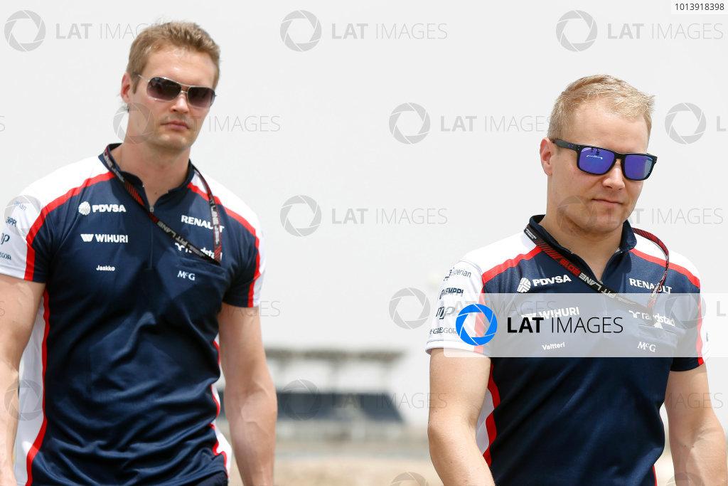 Bahrain International Circuit, Sakhir, Bahrain Thursday 18th April 2013 Valtteri Bottas, Williams F1.  World Copyright: Charles Coates/LAT Photographic ref: Digital Image _N7T7940