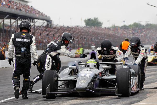 26 May, 2013, Indianapolis, Indiana, USA Indy 500 Winner Tony Kanaan Pit Stop ©2013, Todd Davis LAT Photo USA
