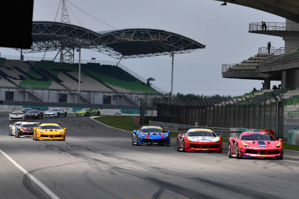 Kanthicha Chimsiri, Cavallino Motors Bangkok, leads Makota Fujiwara, Cornes Tokyo