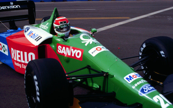 1990 United States Grand Prix.Phoenix, Arizona, USA.9-11 March 1990.Nelson Piquet (Benetton B189B Ford) 4th position.World Copright - LAT Photographic