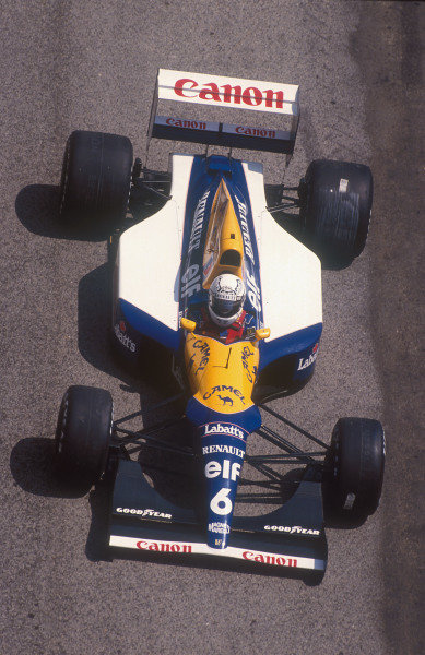 1992 Spanish Grand Prix.Catalunya, Barcelona, Spain.1-3 May 1992.Riccardo Patrese (Williams FW14B Renault). He exited the race after he spun and hit a Concrete wall whilst lying in second place.Ref-92 ESP 12.World Copyright - LAT Photographic
