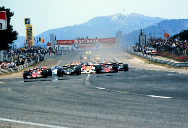 1978 French Grand Prix.Paul Ricard, Le Catellet, France.30/6-2/7 1978.John Watson (Brabham BT46-Alfa Romeo, far left) leads Mario Andretti (Lotus 79-Ford, centre) and Niki Lauda (Brabham BT46-Alfa Romeo, right) at the start. Andretti and Watson finished in 1st and 4th positions respectively.World Copyright - LAT Photographic