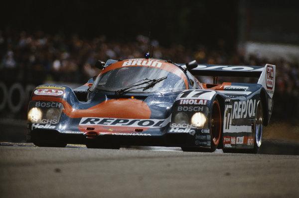 Oscar Larrauri / Jésus Pareja / Walter Brun, Repsol Brun Motorsport, Porsche 962 C.