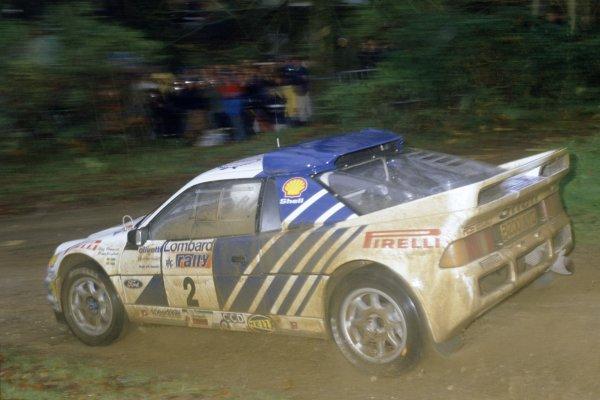 1986 World Rally Championship.Lombard RAC Rally, Great Britain. 16-19 November 1986.Stig Blomqvist/Bruno Berglund (Ford RS200), retired.World Copyright: LAT PhotographicRef: 35mm transparency 86RALLY19