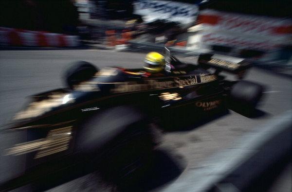 1985 Monaco Grand Prix. Monte Carlo, Monaco. 16th - 19th May 1985.  Ayrton Senna (Lotus 97T-Renault), retired, action.  World Copyright: LAT Photographic. Ref:  85MON62.