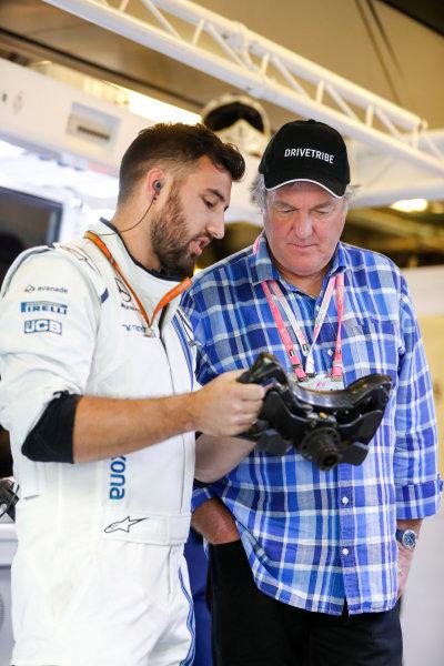 Yas Marina Circuit, Abu Dhabi, United Arab Emirates. Sunday 26 November 2017. Television presenter James May in the WIlliams F1 garage. World Copyright: Glenn Dunbar/LAT Images  ref: Digital Image _31I8209