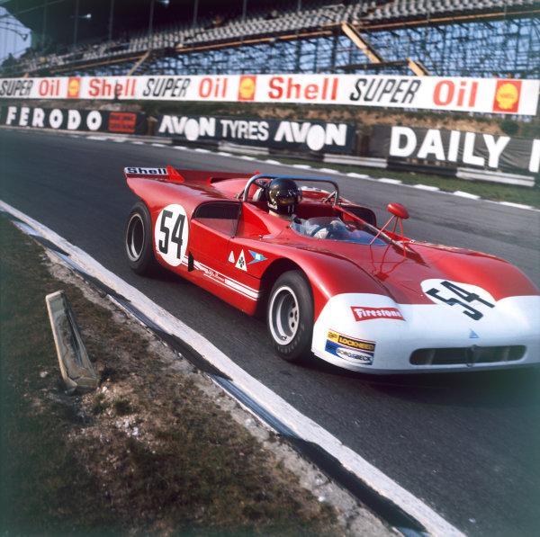 Brands Hatch, England. 4th April 1971. Rd 4.Andrea de Adamich/Henri Pescarolo (Alfa Romeo T33/3), 1st position, action.World Copyright: LAT Photographic