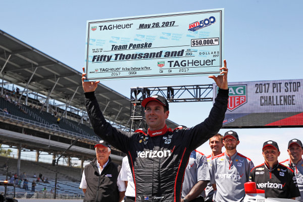 Verizon IndyCar Series Indianapolis 500 Carb Day Indianapolis Motor Speedway, Indianapolis, IN USA Friday 26 May 2017 Will Power, Team Penske Chevrolet celebrates winning the Pit Stop Competition World Copyright: Phillip Abbott LAT Images ref: Digital Image abbott_indy_0517_28134