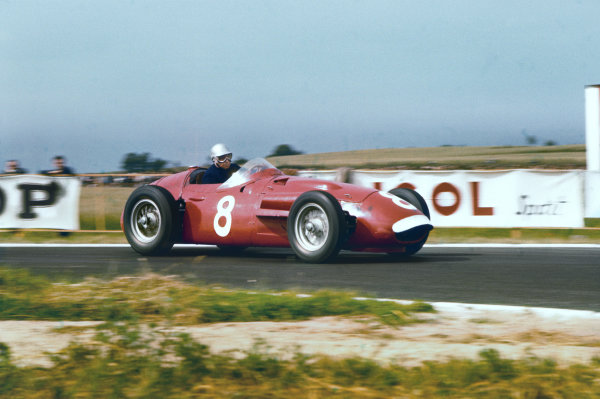 Reims, France. 29/6-1/7 1956. Piero Taruffi (Maserati 250F) retired. Ref: 56FRA11. World Copyright - LAT Photographic