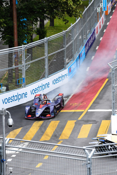 Robin Frijns (NLD), Envision Virgin Racing, Audi e-tron FE05 locks up