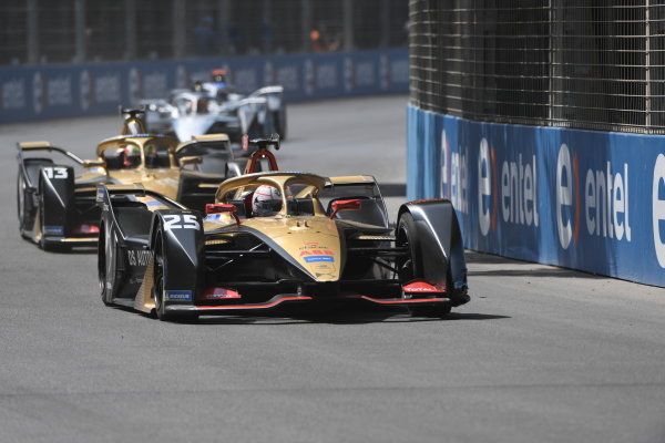 Jean-Eric Vergne (FRA), DS Techeetah, DS E-Tense FE20 leads Antonio Felix da Costa (PRT), DS Techeetah, DS E-Tense FE20