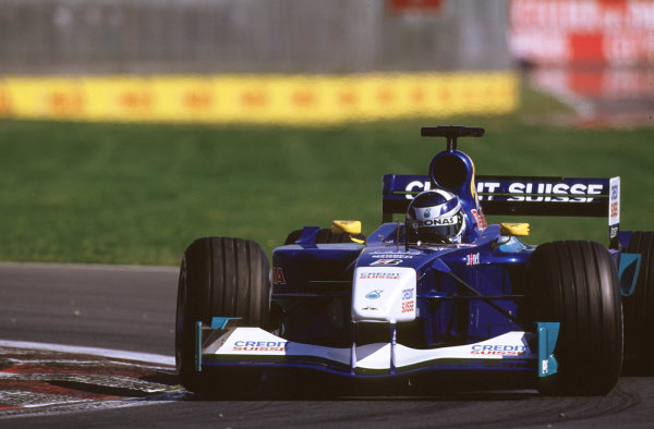 2001 Canadian Grand PrixMontreal, Canada. 8th-10th June 2001Kimi Raikkonen, Sauber Petronas C20, action.World Copyright: LAT Photographicref: 35mm Image A13