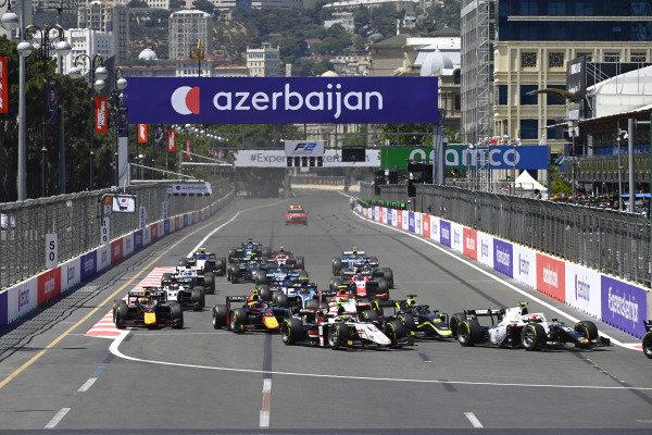 Ralph Boschung (CHE, Campos Racing), Theo Pourchaire (FRA, ART Grand Prix), Dan Ticktum (GBR, Carlin) and Juri Vips (EST, Hitech Grand Prix)
