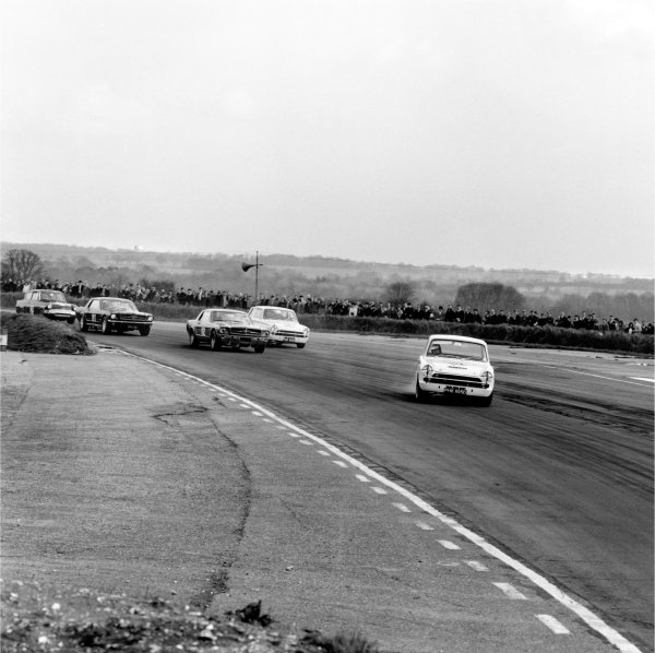 Snetterton, Norfolk, Great Britain. 8th April 1966.