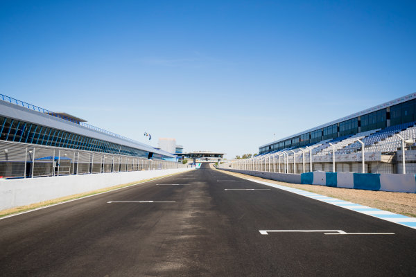 2017 FIA Formula 2 Round 10. Circuito de Jerez, Jerez, Spain. Thursday 5 October 2017. A view of the track. Photo: Zak Mauger/FIA Formula 2. ref: Digital Image _56I3893