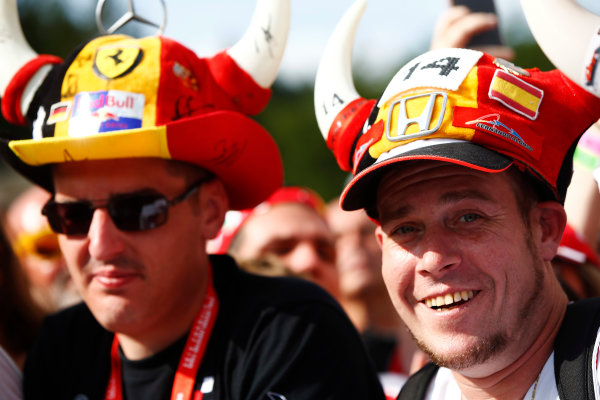 Spa Francorchamps, Belgium.  Thursday 24 August 2017. A Fernando Alonso, McLaren, supporter wears a novelty hat alongside a companion. World Copyright: Andy Hone/LAT Images  ref: Digital Image _ONY3472