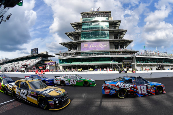 22-23 July, 2016, Indianapolis, Indiana USA Kyle Busch, NOS Energy Drink Toyota Camry, Kevin Harvick, Kyle Larson ?2016, Logan Whitton  LAT Photo USA