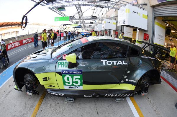2017 Le Mans 24 Hours test day. Circuit de la Sarthe, Le Mans, France. Friday 2 June 2017 #95 Aston Martin Racing Aston Martin Vantage: Nicki Thiim, Marco Sorensen, Richie Stanaway World Copyright: Rainier Ehrhardt/LAT Images ref: Digital Image 24LM-testday-re-0068