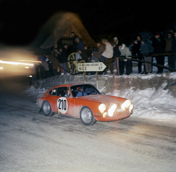Monte Carlo, Monaco. 24th - 28th January 1968.Vic Elford/David Stone (Porsche 911T), 1st position, action. World Copyright: LAT PhotographicRef: Motor Colour Transparency.