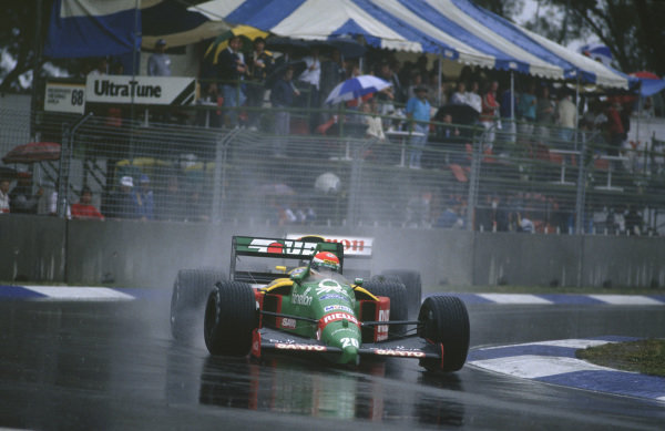 Adelaide, Australia. 3rd - 5th November 1989. Emanuele Pirro (Benetton B189-Ford), 5th position, action. World Copyright: LAT Photographic.Ref:  89AUS