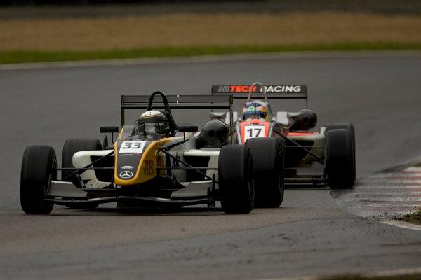 Nick Tandy, JTR and Roberto Merhi, Hitech Racing. Action. World Copyright: Drew Gibson/LATref: Digital Image MQ9M3679