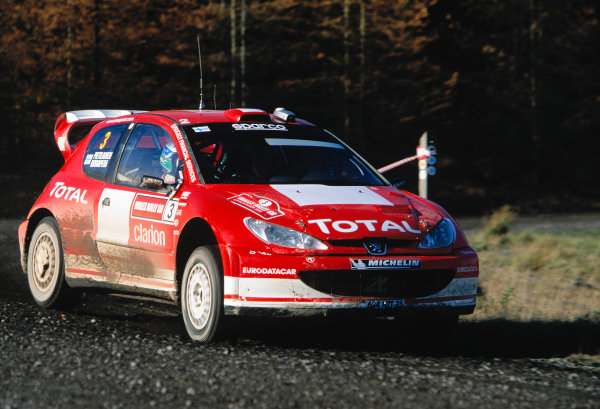 2003 World Rally ChampionshipRally of Great Britain, Wales. 6th - 9th November 2003.Harri Rovanpera / Risto Pietilainen, Peugeot 206 WRCActionWorld Copyright: McKlein/LATref: 35mm Image WRC_GB_09 jpg