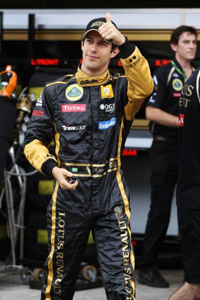 Bruno Senna (BRA) Lotus Renault GP. Formula One World Championship, Rd 19, Brazilian Grand Prix, Race Day, Interlagos, Sao Paulo, Brazil, Sunday 27 November 2011.