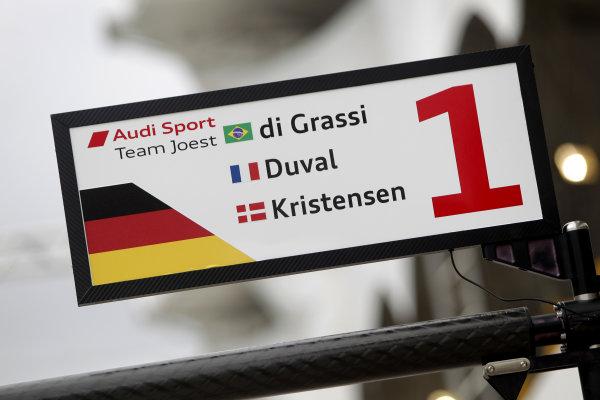 2014 World Endurance Championship, Interlagos, Brazil. 28th - 30th November 2014. Lucas Di Grassi / Loic Duval / Tom Kristensen Audi Sport Team Joest Audi R18 e-tron quattro. World Copyright: Ebrey / LAT Photographic.