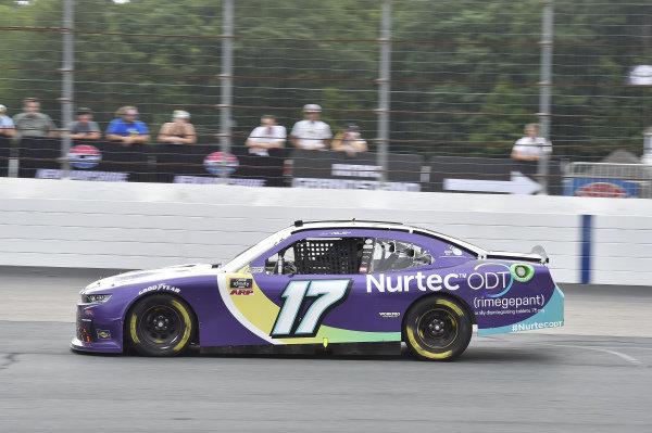 #17: J.J. Yeley, SS Green Light Racing, Chevrolet Camaro Nurtec ODT