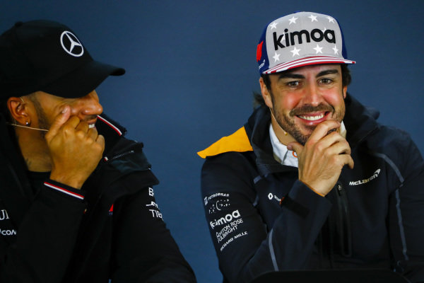 Lewis Hamilton, Mercedes AMG F1, and Fernando Alonso, McLaren in the press conference