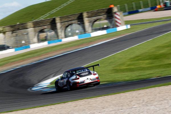 2017 Porsche Carrera Cup, Donington Park, 15th-16th April 2017, Charlie Eastwood (GBR) Redline Racing Porsche Carrera Cup World Copyright. JEP/LAT Images