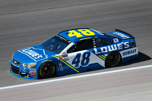 Monster Energy NASCAR Cup Series Go Bowling 400 Kansas Speedway, Kansas City, KS USA Friday 12 May 2017 Jimmie Johnson, Hendrick Motorsports, Lowe's Chevrolet SS World Copyright: Barry Cantrell LAT Images ref: Digital Image 17KAN1bc1123