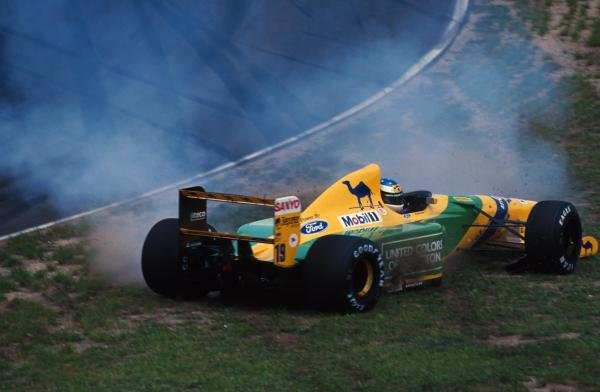 Michael Schumacher (GER) Benetton B192 spins off the track during qualifying. German Grand Prix, Hockenheim, 26 July 1992