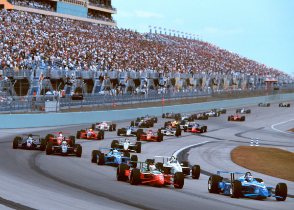 1999 CART MIAMI GP, 21-3-99, Homestead, FL, USAGreg Moore leads at the start of the race. -1999, Phillip G. Abbott, LAT Photographic